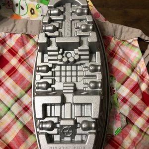 Nordic Ware Kitchen - Pirate Ship Cake Pan